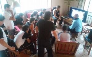 El equipo de Uruguay en un análisis de video