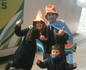 Los ingleses no llegaron pero disfrutan del rugby en familia y la previa de Halloween