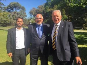 Reunión cumbre. Agustín Pichot, Carlos Araujo y Bill Beaumont en la Quinta de Olivos.