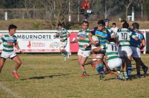 Poco pudo hacer. COIPU intentó pero no llevó peligro al in goal de Universitario (Foto: Horacio Cortés)