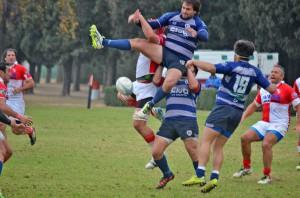 Universitario logró una importante victoria en tierras salteñas (Foto: Horacio Cortes)