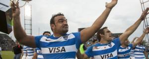 No se querían ir. El saludo de Los Pumas a la tribuna festejando el triunfo. (Foto: UAR)